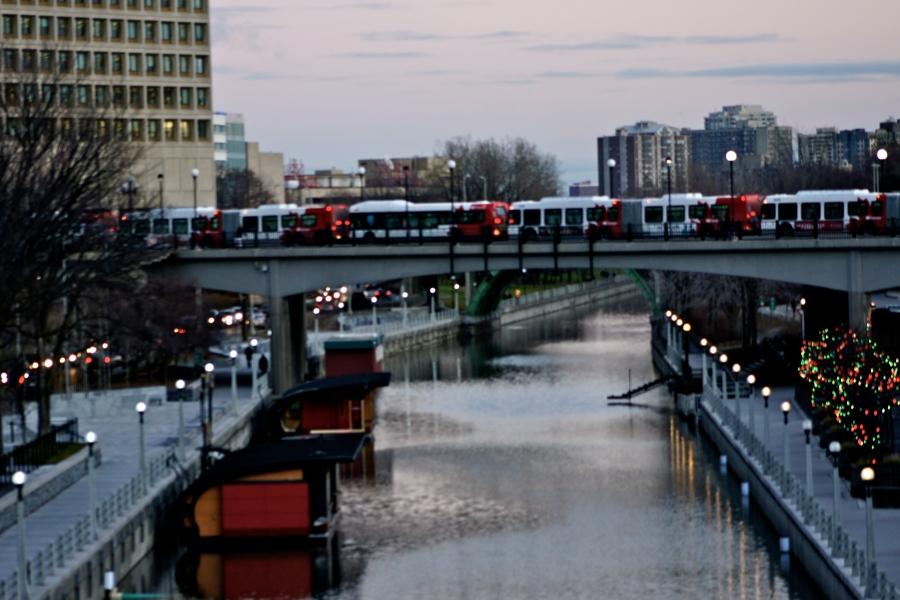 Rideau Canal in Ottawa, Ontario [2011: Oktofani]