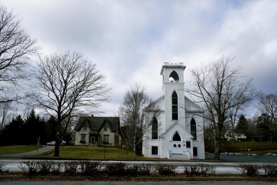 One cloudy day in Lunenburg, Nova Scotia [2011: Oktofani]