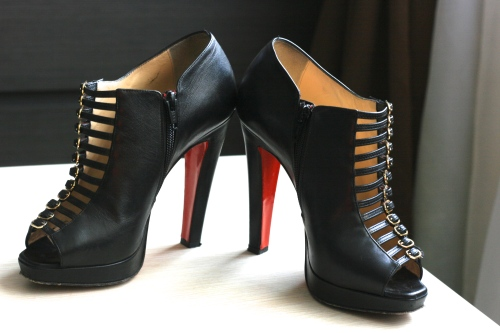 Black Manon by Christian Louboutin [2013: E O]