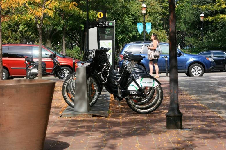 Toronto's Public Bicycle [2014:EO]