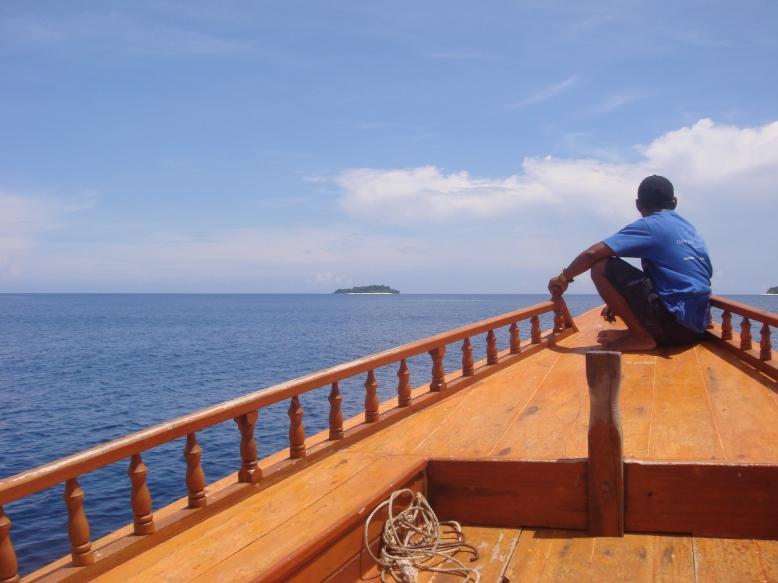 Sailing...... [2009:E O]