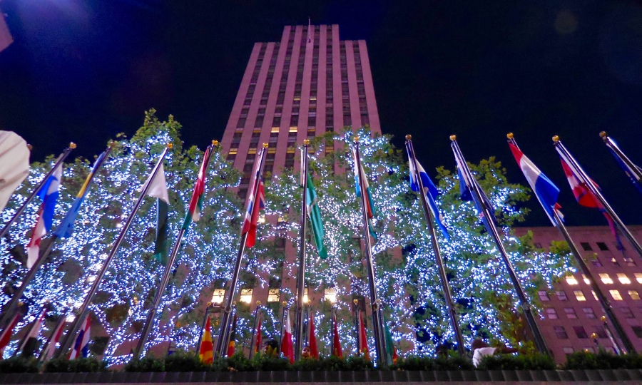 Another tourist attraction, Rockefeller Building [2015:E O]