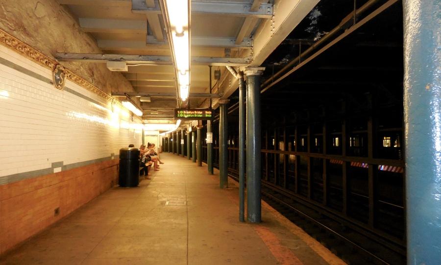 One of NYC Subway Station [2015:E O]